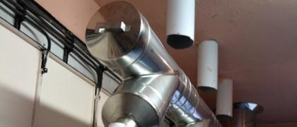 Nerezové komíny v průmyslových objektech